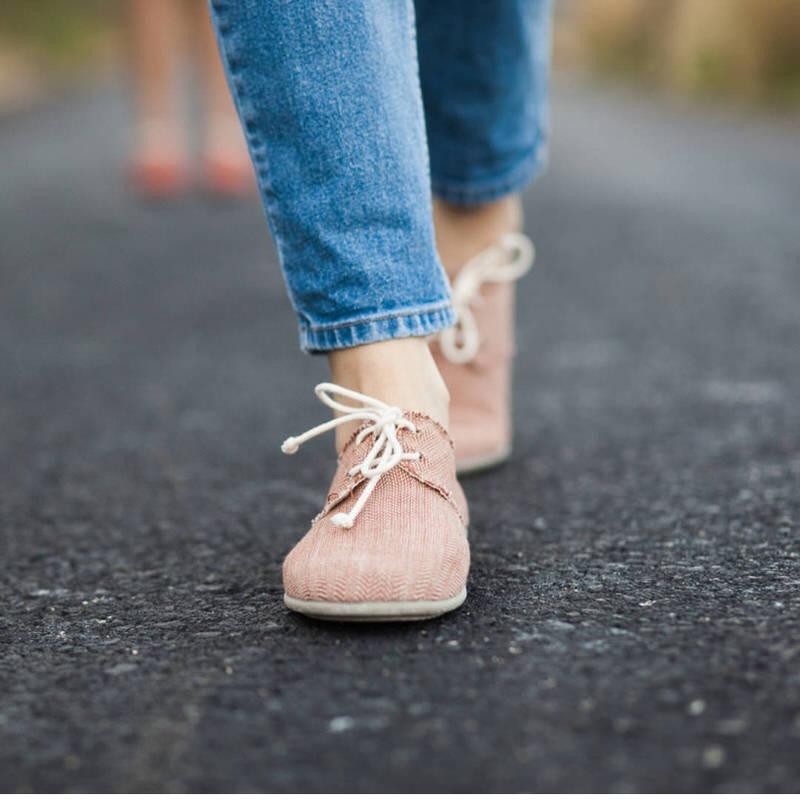 60ac04f9 Zapatos veganos con cordones tipo blucher de algodón orgánico Slowers